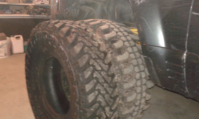 Vente Lot de pneus mud neufs Toyo1010