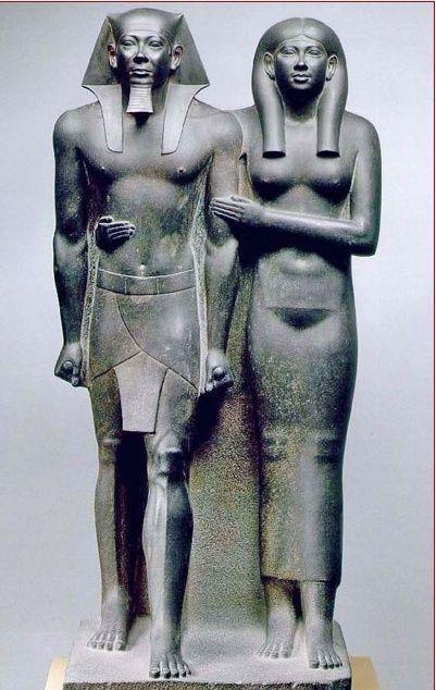 LES EGYPTIENS NE SONT PAS LES BATISSEURS DES PYRAMIDES   Baguet10