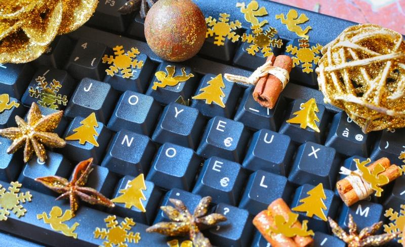 Joyeux Noel les copines!! - Page 4 07008010