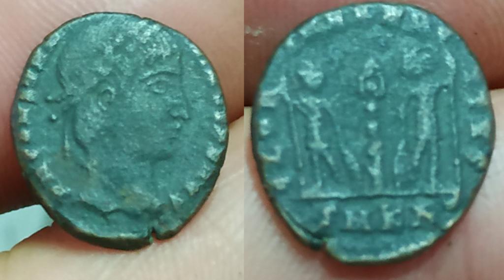 AE3/4 de Constantino II - GLORIA EXERCITVS - Cizico Cons110
