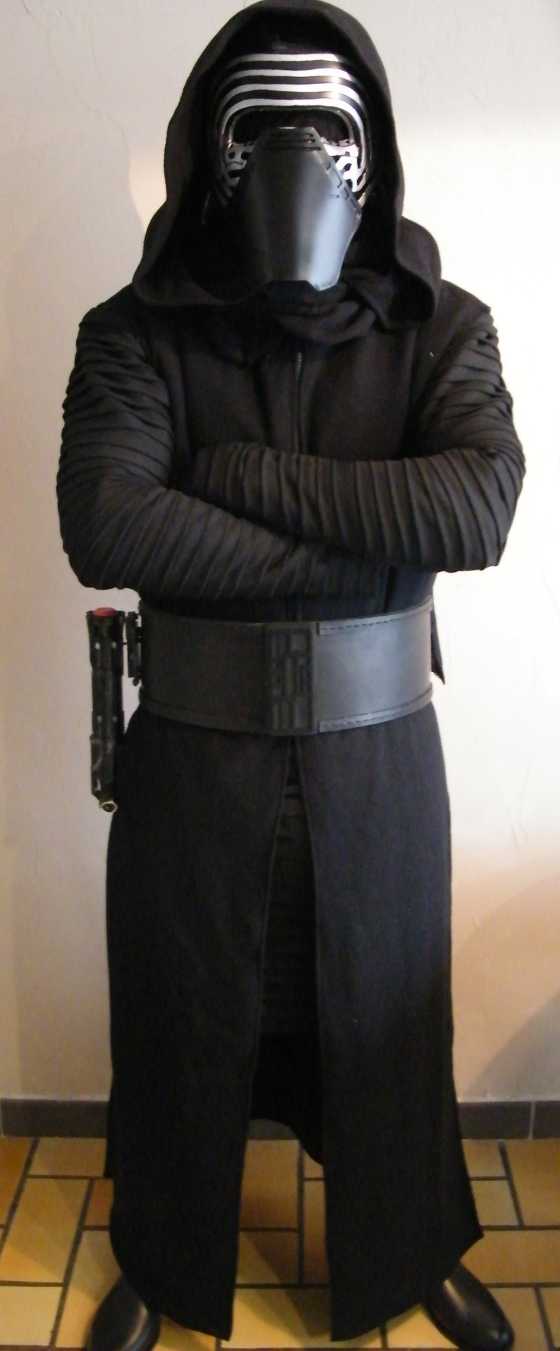 Kylo Ren cosplay The Force Awakens by Magik Sans_t11
