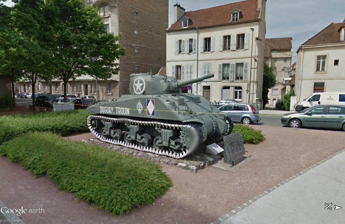 STREET VIEW: Véhicules militaires Char_d10