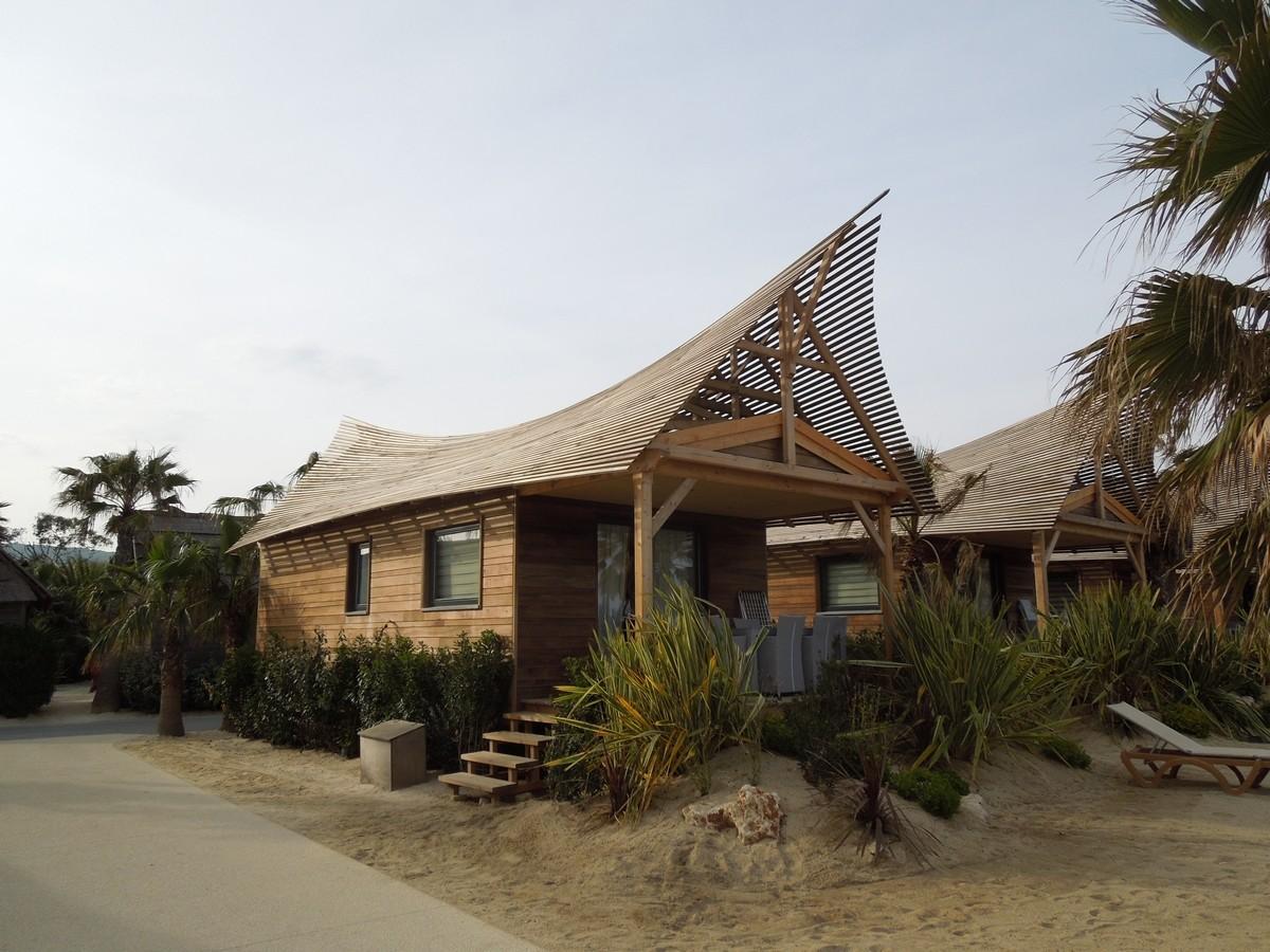Architecture Tiki : l'ambiance du grand sud Dscn0910