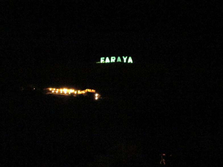"""Défi collectif : à la recherche de la descendance du célèbre panneau """"Hollywood"""" Faraya13"""
