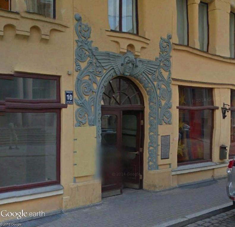 Entrez-donc ! (collection de portes) - Page 2 Riga10