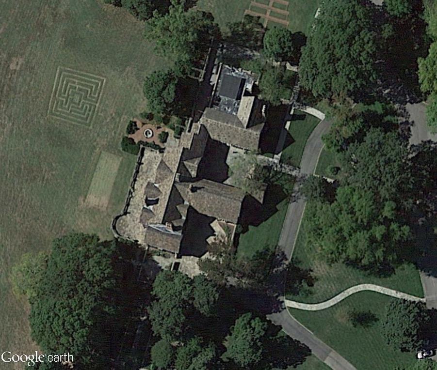 Déménagement de châteaux ou églises d'un continent à l'autre : mythe ou réalité ? Tudor10