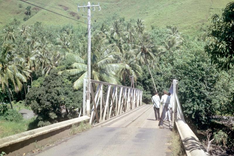 [CAMPAGNES C.E.P.] TAHITI - TOME 2 - Page 4 15210