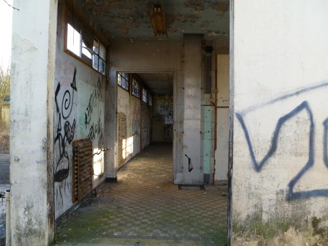 Qui se souvient de cette ancienne station ? P1010021
