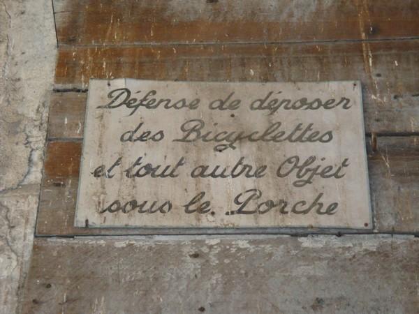 Plaque rencontrée lors d'une balade Dsc05910