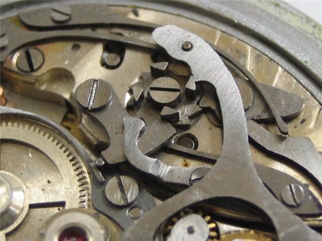 Identification chrono avant remise en poche... 110