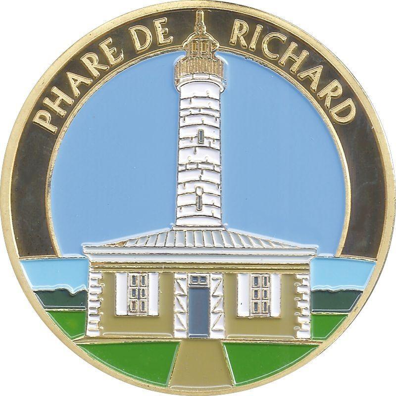 Jau-Dignac-et-Loirac (33590)  [Phare de Richard] Richar10