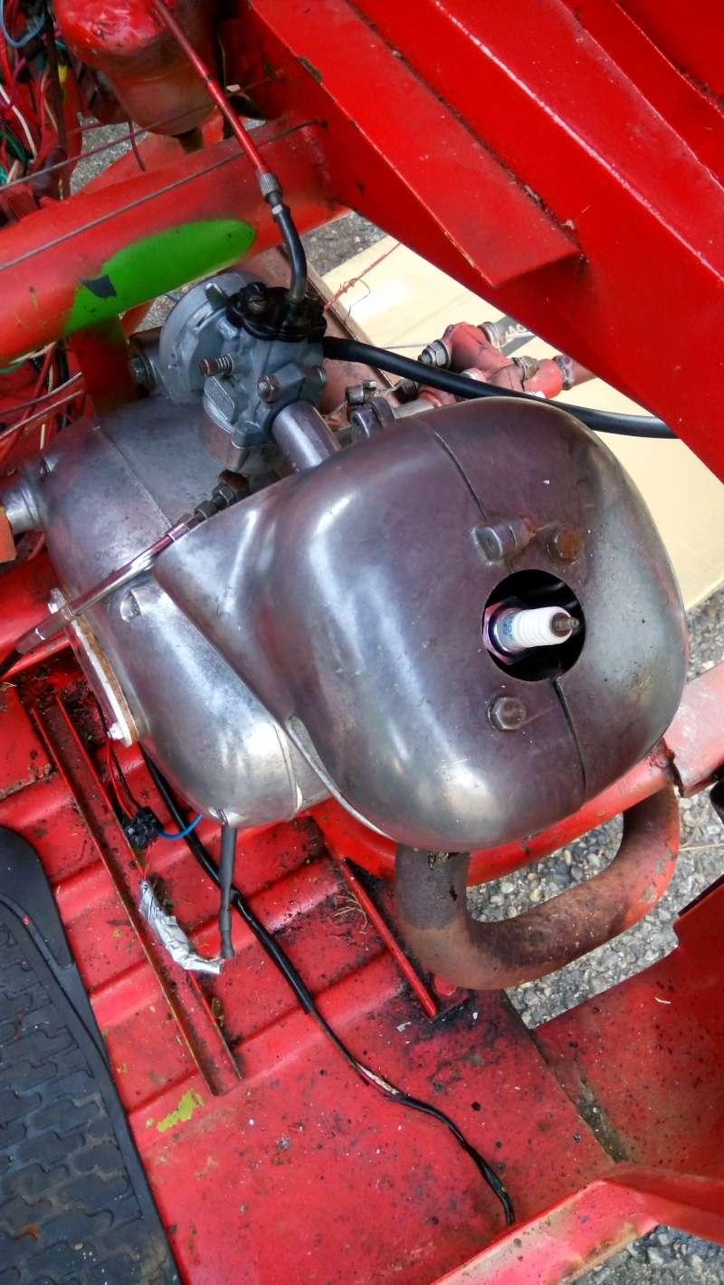 Triporteur Empolini de 1977, moteur Minarelli P4 Dsc_0110