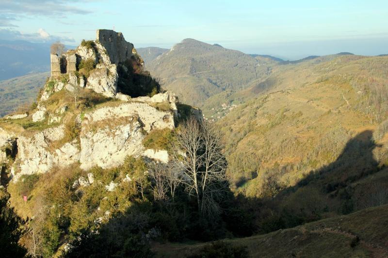 Roquefort et les Cathares Img_4419