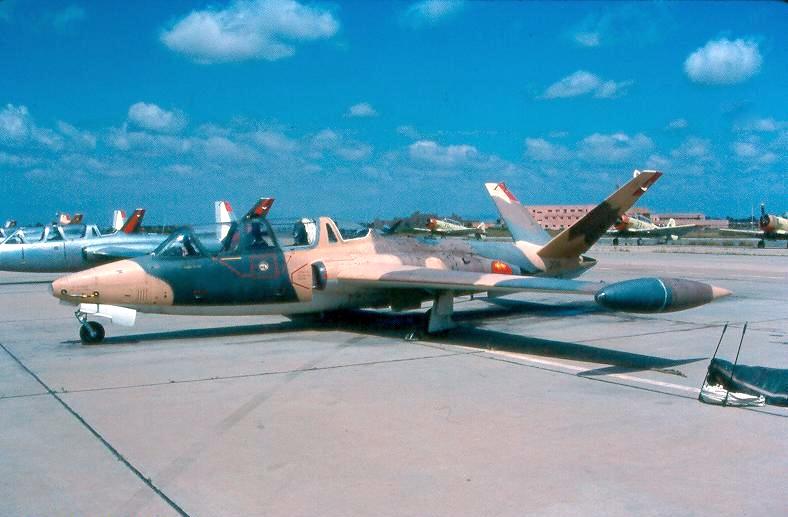 FRA: Photos anciens avions des FRA - Page 7 Clipb202