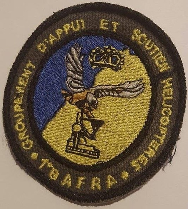 RMAF insignia Swirls Patches / Ecussons,cocardes et Insignes Des FRA - Page 5 Clipb218