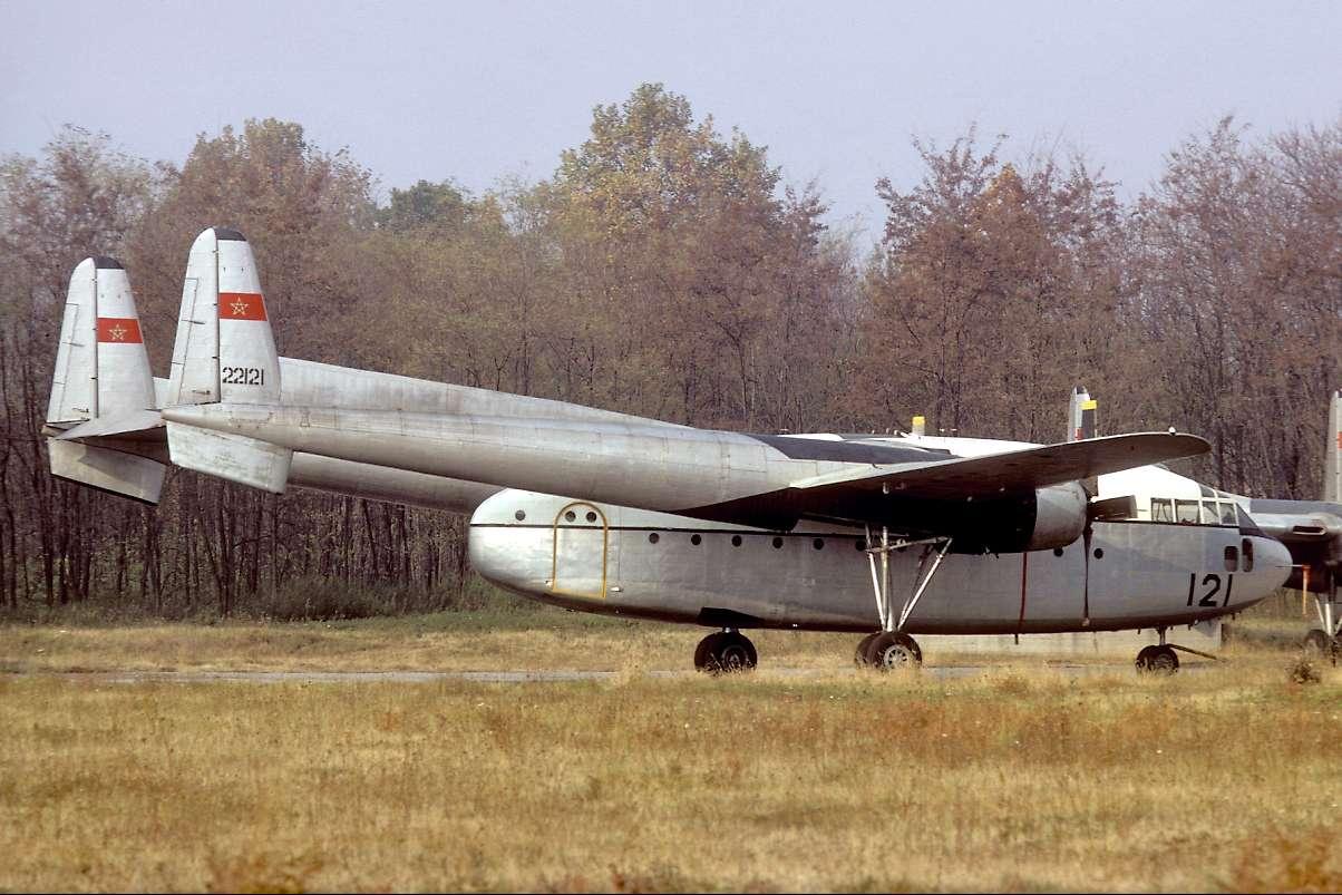 FRA: Photos anciens avions des FRA - Page 12 Xbah10