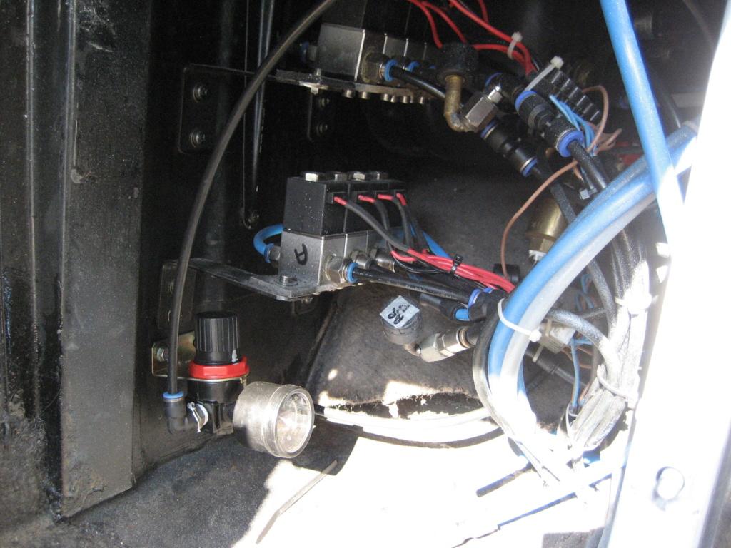 Suspensions pneumatiques maison sur un Classic  - Page 2 Img_0132