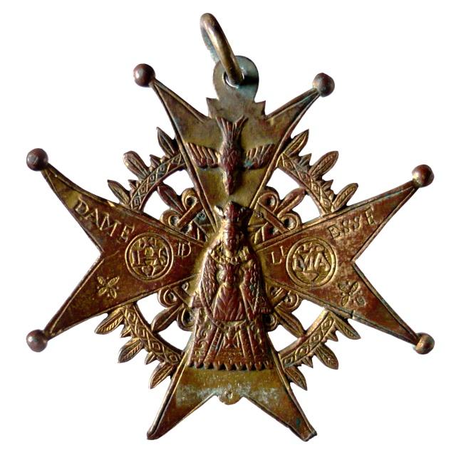 Crucifijo pectoral del Santuario de Liesse - CC092 P1130410