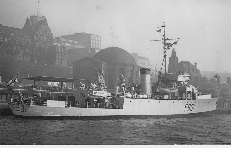 F901 Georges Lecointe (ex HMCS Wallaceburg) - Page 8 F_901_10