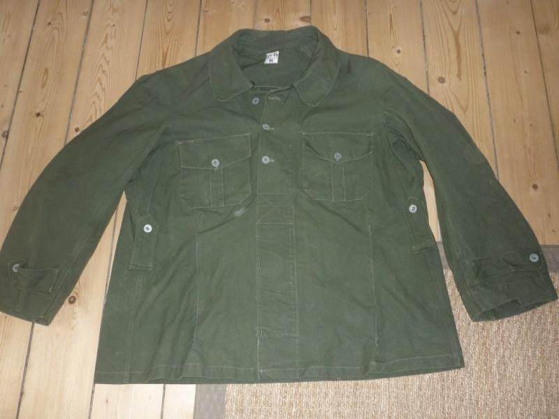 La tenue de chasseur alpin P1110110