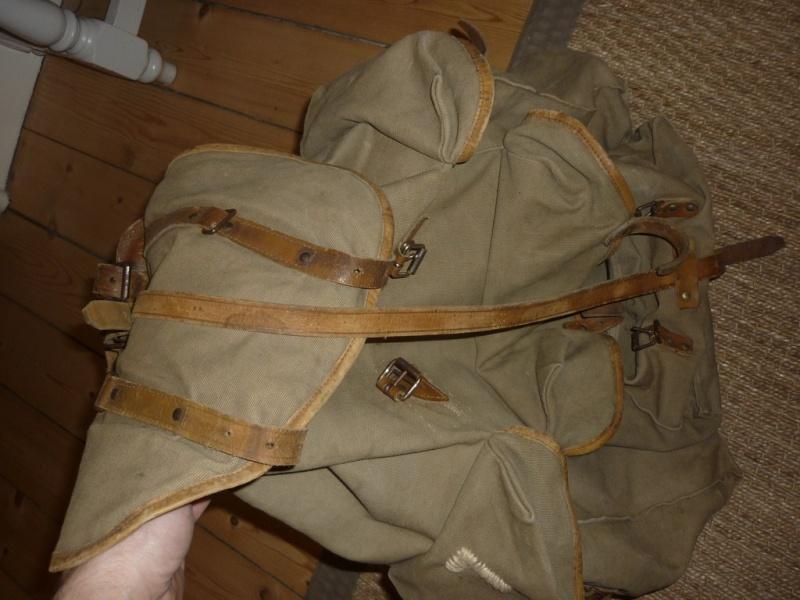La tenue de chasseur alpin P1110210