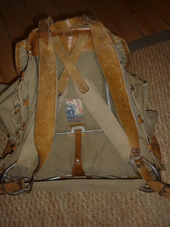 La tenue de chasseur alpin P1110211