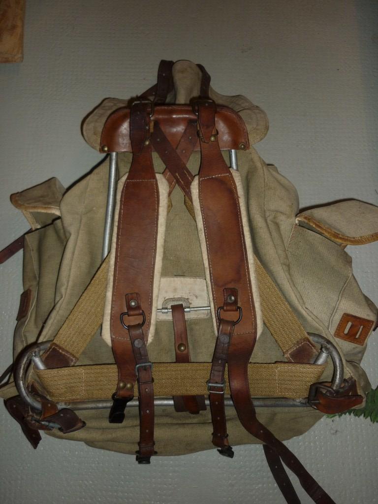 La tenue de chasseur alpin P1110214