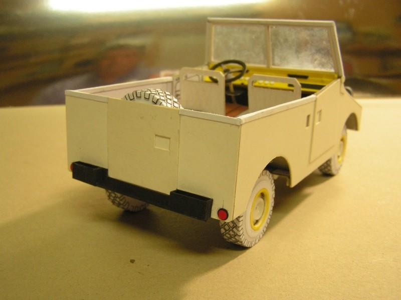 Kettentraktor T180-G  M1:20 gebaut von Klebegold - Seite 3 15k10