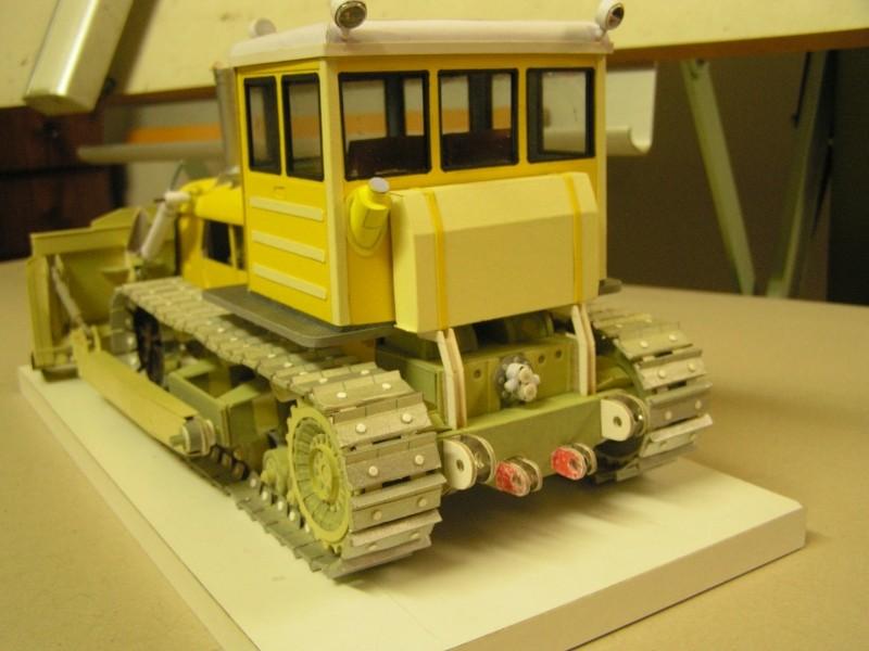 Kettentraktor T180-G  M1:20 gebaut von Klebegold - Seite 3 182k10
