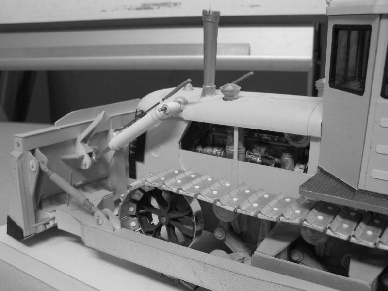 Kettentraktor T180-G  M1:20 gebaut von Klebegold - Seite 3 184kg10