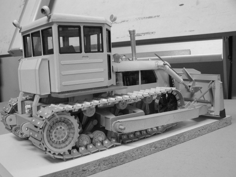 Kettentraktor T180-G  M1:20 gebaut von Klebegold - Seite 3 186kg10