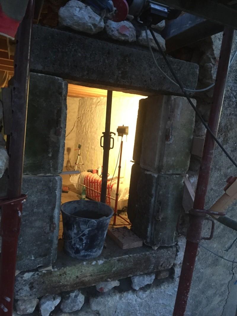 Restauration de toute une partie de la maison - Page 2 2015-124