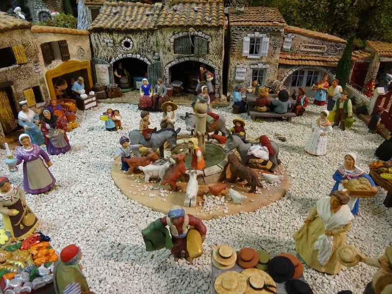 La crèche du curé de Saint Saturnin 2015 Dsc08929