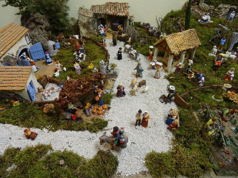 La crèche du curé de Saint Saturnin 2015 Dsc08937