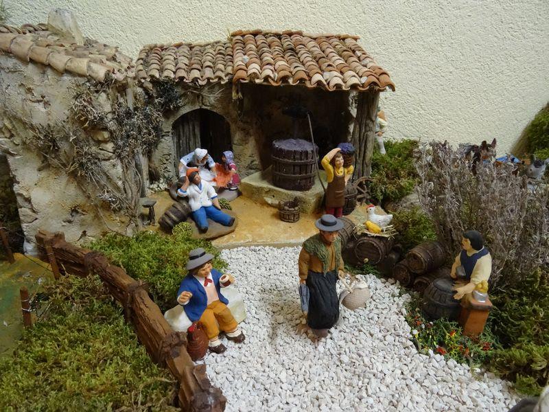 La crèche du curé de Saint Saturnin 2015 Dsc08938