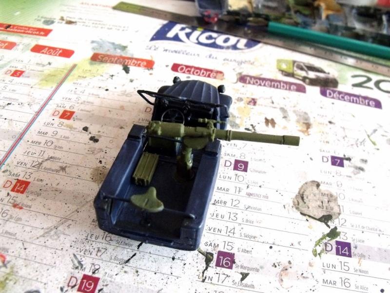 2 CV canon en scratch 1/43 base Norev 2cv_ca12