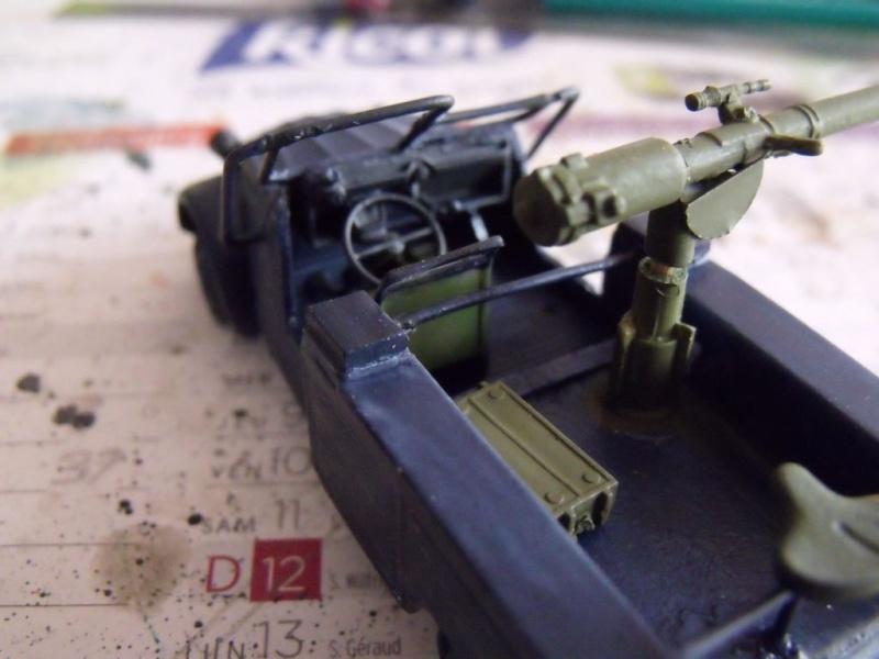 2 CV canon en scratch 1/43 base Norev 2cv_ca15