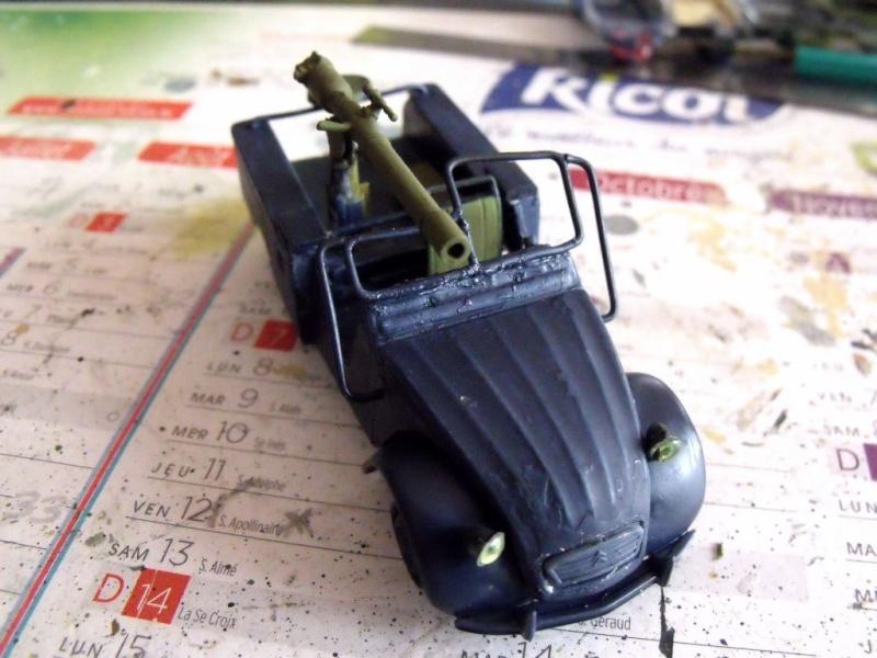 2 CV canon en scratch 1/43 base Norev 2cv_ca17