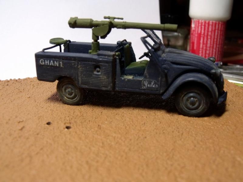 2 CV canon en scratch 1/43 base Norev 2cv_ca20