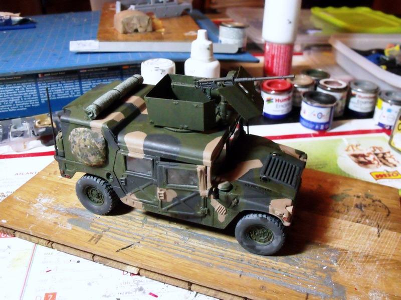 M 998 Desert Patrol au 1/35 Italeri - Page 2 Dscf7010