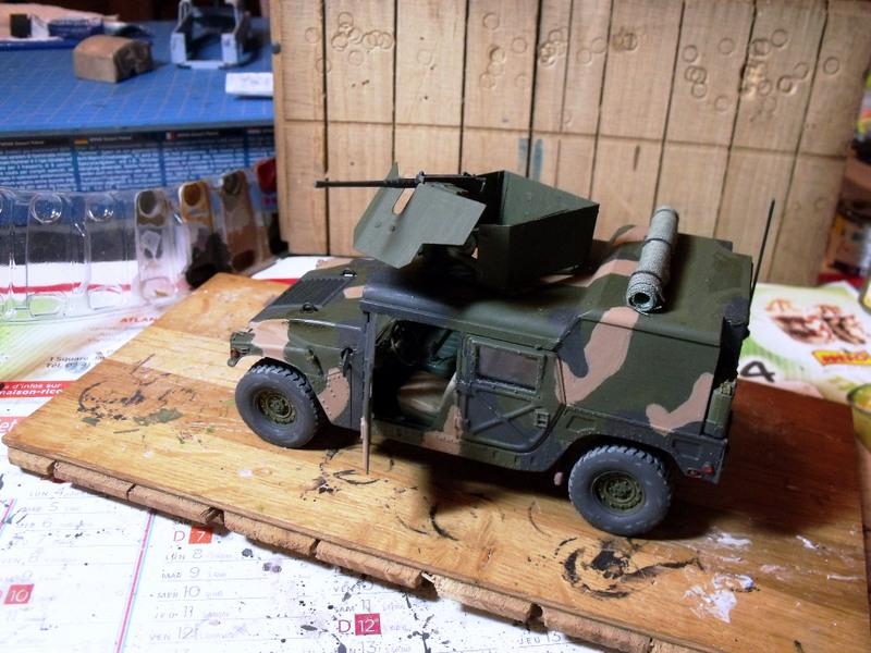 M 998 Desert Patrol au 1/35 Italeri - Page 2 Dscf7012