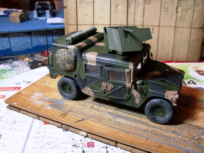 M 998 Desert Patrol au 1/35 Italeri - Page 2 Dscf7015