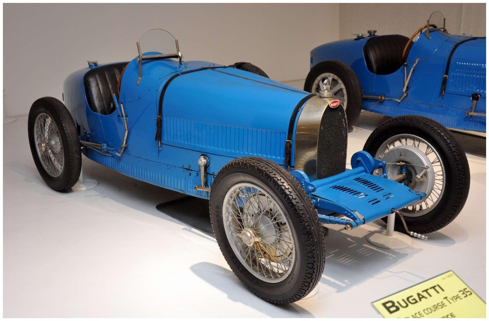 Mulhouse: La Cité de l' automobile, the largest car museum in the world. Bgatti10
