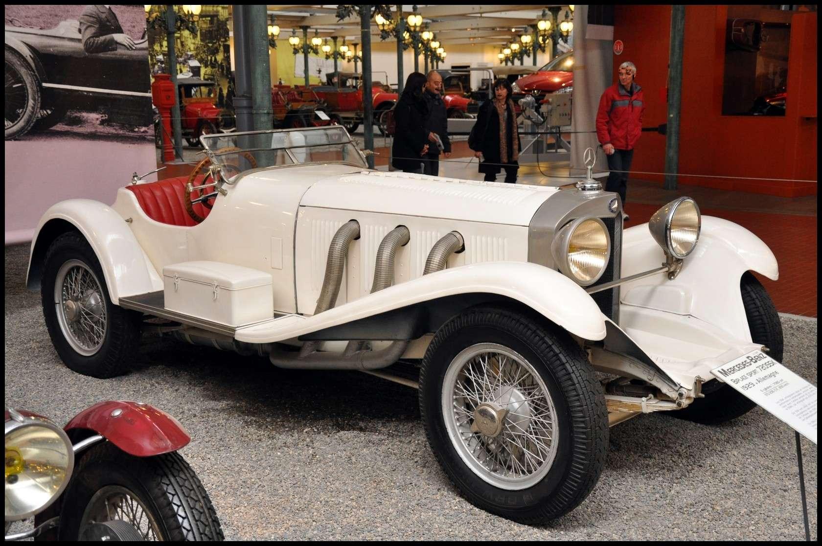 Mulhouse: La Cité de l' automobile, the largest car museum in the world. Ssk10
