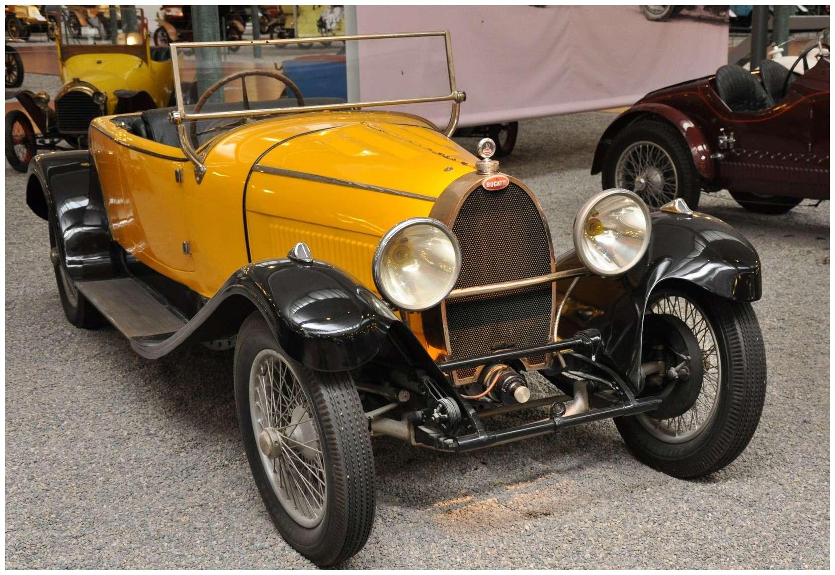 Mulhouse: La Cité de l' automobile, the largest car museum in the world. Torped10