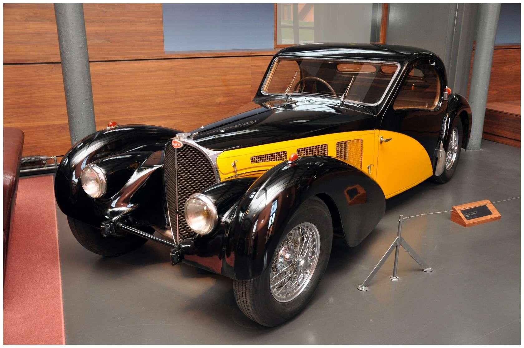 Mulhouse: La Cité de l' automobile, the largest car museum in the world. Type5710