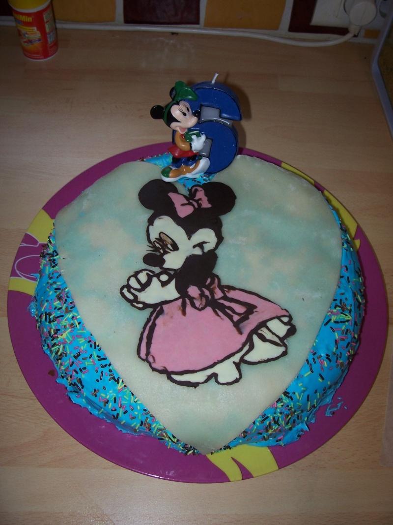 Mickey et ses amis - Page 2 Gateau10