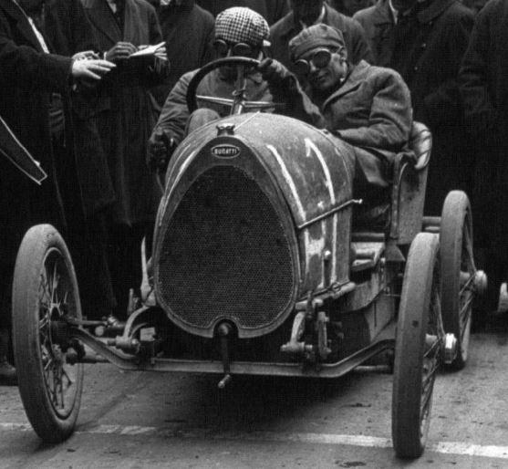 Bugatti le Pur Sang - Page 7 Captur32