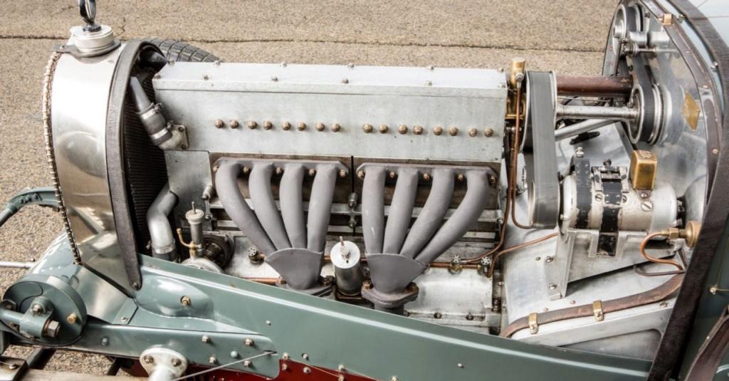 Bugatti le Pur Sang - Page 7 Timthu12