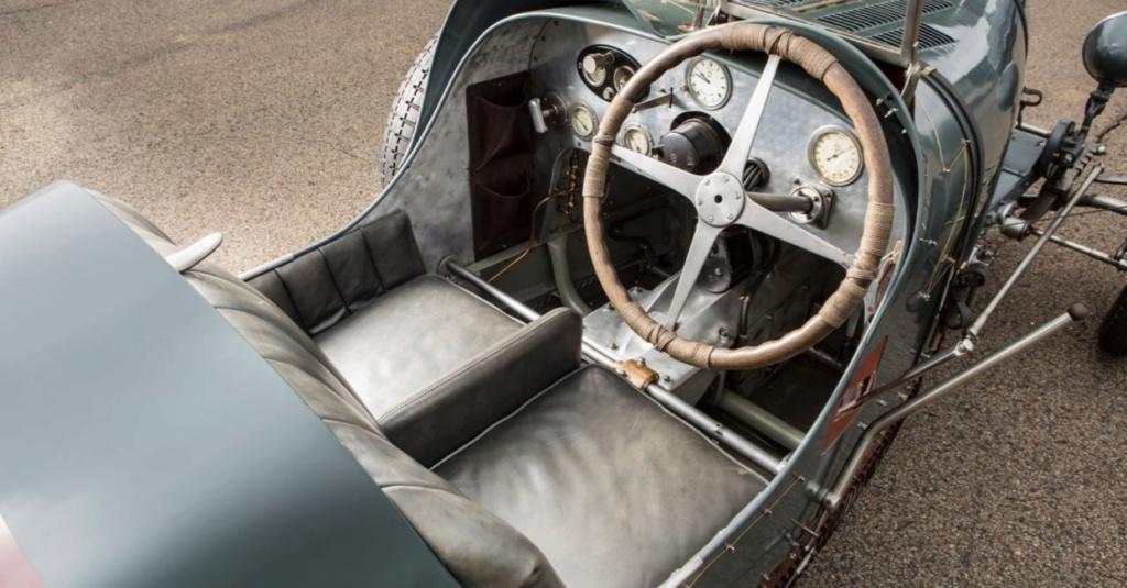 Bugatti le Pur Sang - Page 7 Timthu17